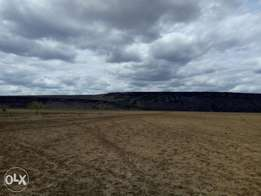 100 acres for sale in Tinga magadi road