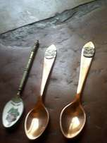 3 collectable teaspoons