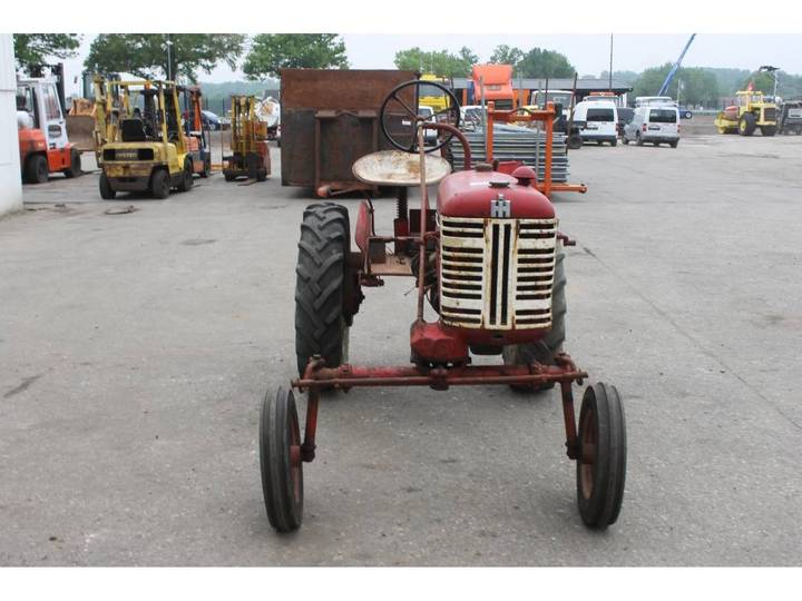 McCormick International Farmall FF Cup Tractor *DEFECT* - image 8