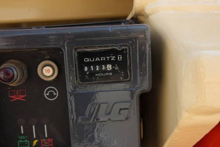 JLG 3246 Es - 2005 - image 11