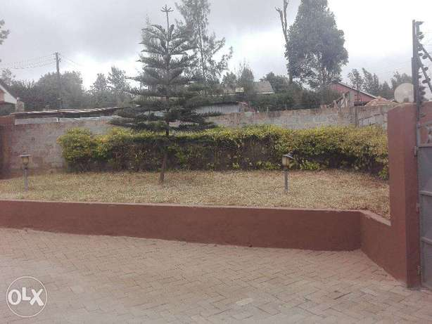 Three bedroom bungalow with a Dsq to let in Ngong Township Ngong Township - image 2