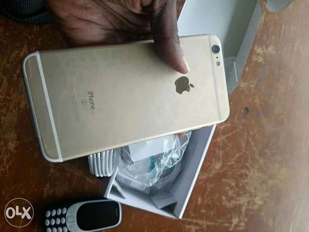 Gold iPhone 6Splus US used with follow come charger Osogbo - image 2