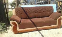 Pure fabric ,durable,5 seater at 45k,negotiable,free delivery Nairobi