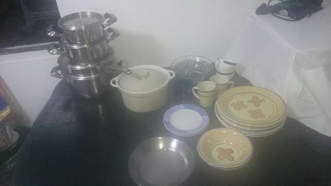 2 plate stove + dishes- 500 Durban - image 4