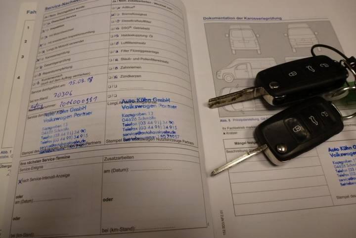 Volkswagen Caddy 1.6 TDI Kasten KLIMA SHZ TOP Zust. - 2015 - image 16