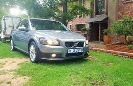 Volvo C30 T5 - 2008 - Manual - Excellent Condition!