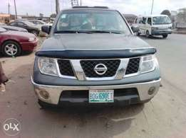 Super Clean and Healthy Nissan Frontier double cabin Pickup 2006 Model