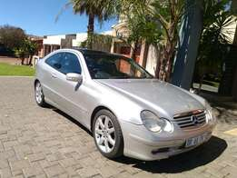 Call Haroon on 2003 Mercedes Benz C230 Kompressor coupe with Panaramic