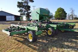 John Deere No-Till Air Drill