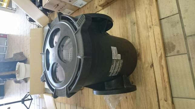 Pentair Eqk 1000 Commercial water pump with strainer Benoni - image 4