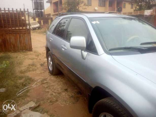 Very sharp Lexus RX 300 INCREDIBLY Clean, Awka South - image 3