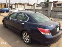 Very clean Honda Accord 08 v6 in perfect condition