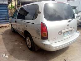 1st Body clean Nissan quest with AC and video player