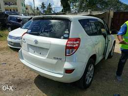Toyota Rav4 2010 model. KCP number Loaded with Alloy rims, good mus