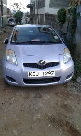 very smart vitz car lady owner Nairobi CBD - image 8