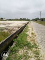 Dry Plots of land lekki phase 2 for sale road C of O