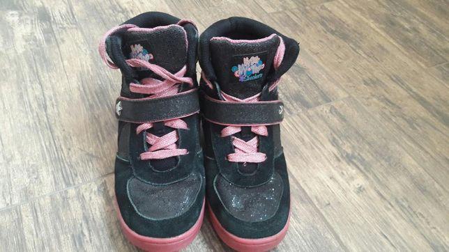 e71408d3ab17 Архив  Красовки skechers  250 грн. - Детская обувь Киев на Olx