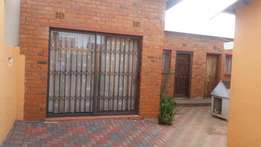Cottage to rent - Soweto Meadowlands
