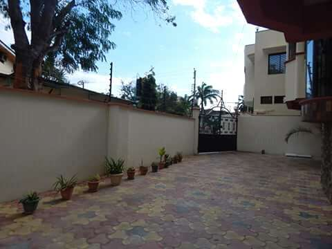 Executive 3BEDROOMS house available to let in kizingo,mombasa Vescon - image 3