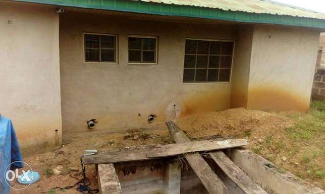 4bedroom flat on a full plot for sales Ibadan South West - image 2