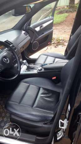 Four months used Benz C 300 at a good price Ipaja - image 2