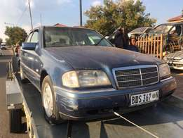 w202 c220 merc stripping for spares