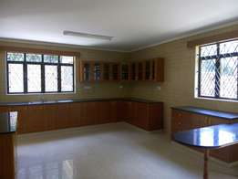 4 bedroom house house in Lavington going for 260,000