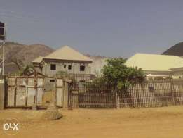 Land for Sale: 700sqm (Fenced) at relocation layout, Kubwa