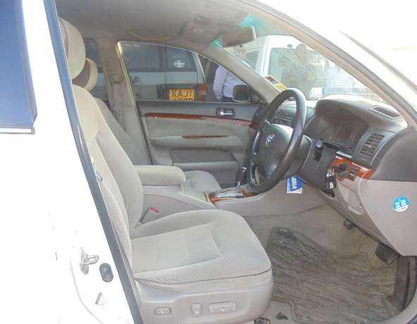 toyota mark 2 clean with extreem neat interior accident free ride Karen - image 5