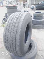 Fairly used truck tyres for sale