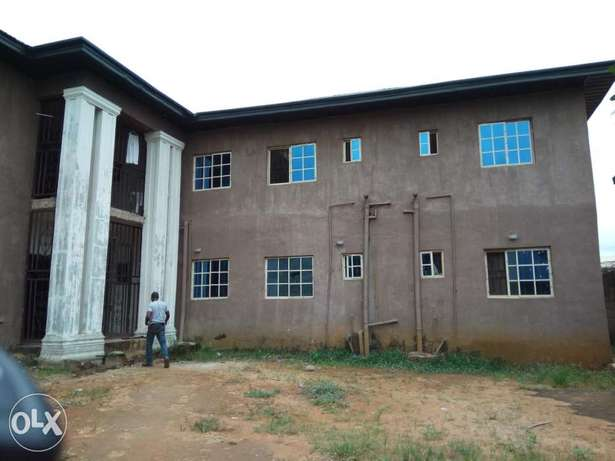 Standard 25 rooms self Contain hostel close to federal poly nekede Owerri Municipal - image 4