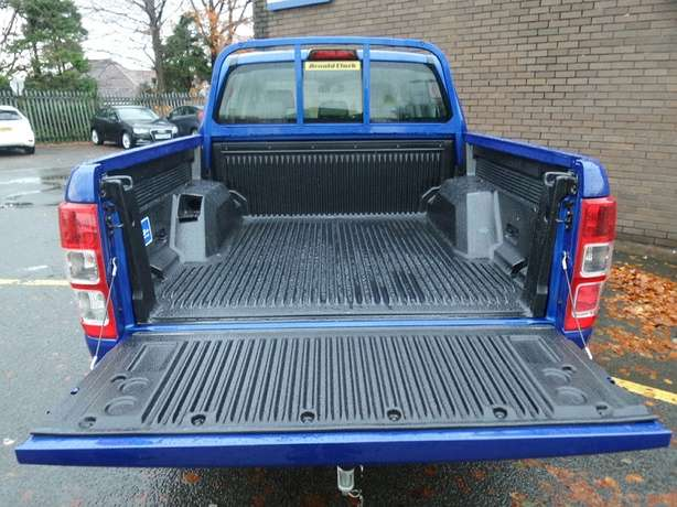 Ford Ranger Pick Up Double Cab XLT 2.2 TDCi Utawala - image 2