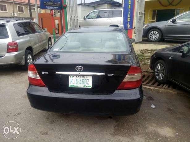 Classic Babs.I.R.Toyota Camry 2004model Ikeja - image 3