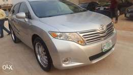 Extremely Clean Toyota Venza Bearly Used