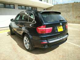 Bmw X5. M sport Package. 2010 New import.