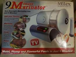 9 Minute Marinator. As NEW! Great condition. Still has box!
