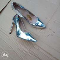 Clearance Trendy Silver Court Shoes