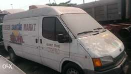 Tokunbo ford transit four tyres Bus long frame