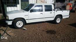 B2200 Pickup 5speed in mint condition