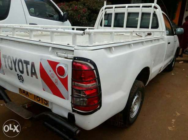 Toyota hilux pickup d4d Elgonview - image 7