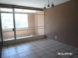 Craighall Park 1.5bedroomed apartment R5900