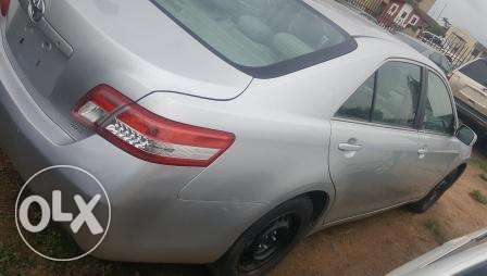 Toyota Camry 2010. Very Clean Leather Interior. 4 cylinders Ibadan South West - image 5