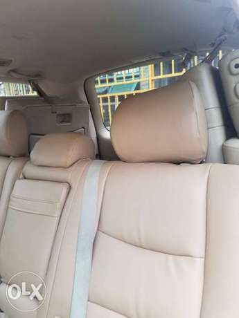 Super clean naija used Lexus Gx470 for 3.2m Ikeja - image 6