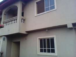 A Beautiful 3 Bedrooms Flat For Rent At Igbe Ikorodu