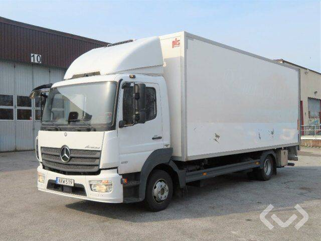Mercedes-Benz Atego 4x2 Box (chillers + tail lift) - 15 - 2019