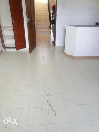 Elegant clean bedsitter in a quiet secure serene of affluent Nyali Nyali - image 2