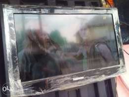 "London Used Lcd/Plasma 26"" Television"