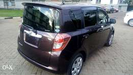 Toyota Ractis 2010,1500cc wine red very new 1 owner onlu