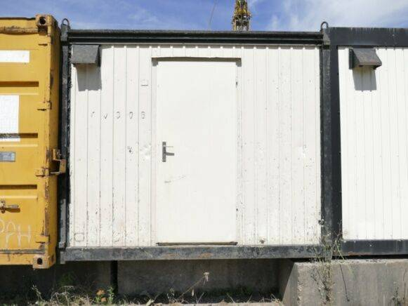 Building site Container office cabin container for sale by auction