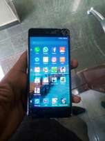 Infinix hot s2 with crack
